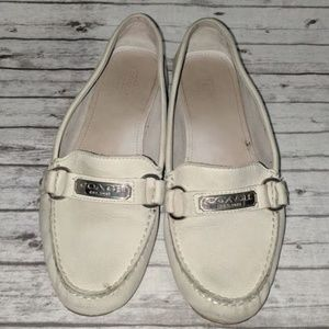 Coach Felisha Off White Slip on Loafer SZ:8.5 used